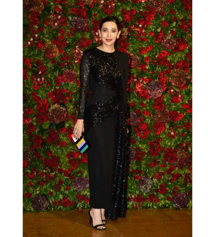karisma Kapoor at DeepVeer Reception